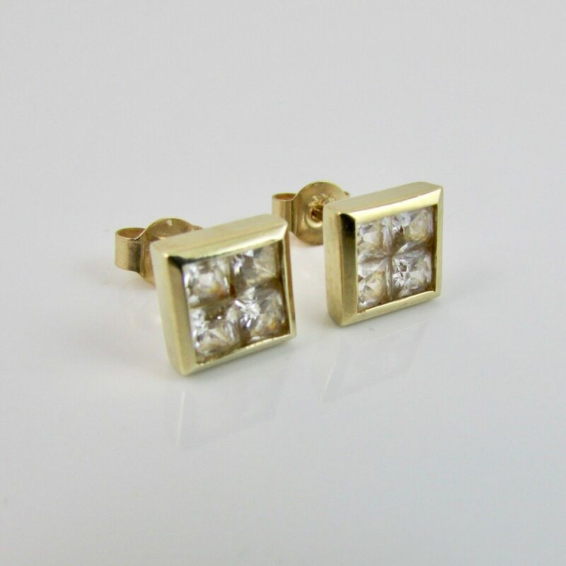 9ct Yellow Gold 375 Cubic Zirconia Square 6mm Stud Earrings - 1.8 Grams
